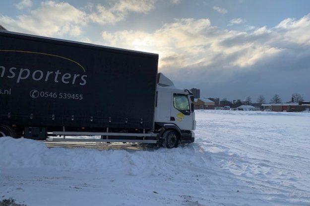 Ook met dikke laag sneeuw rijden we door